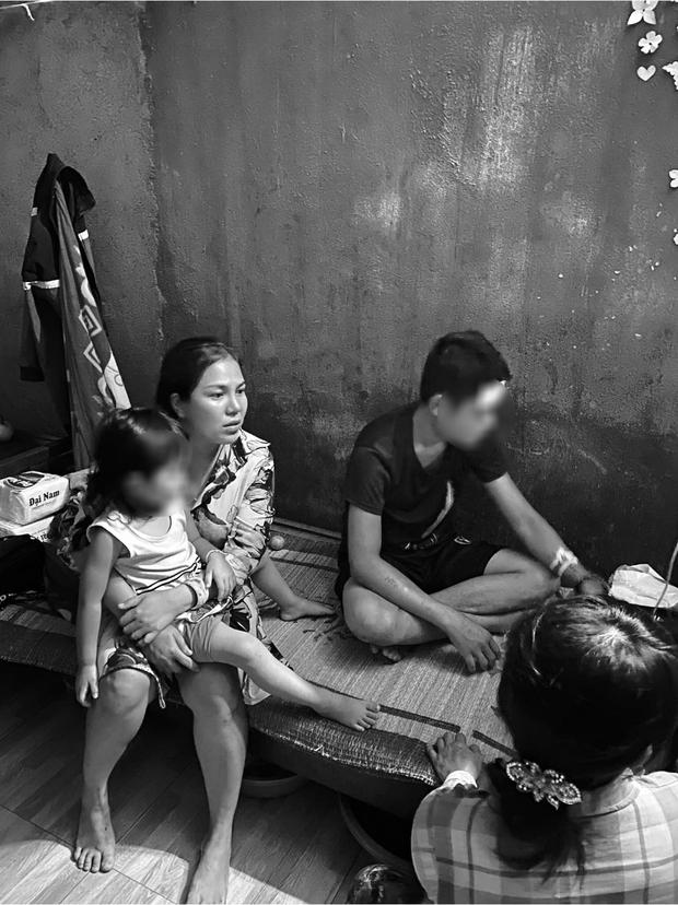 Người nhà nạn nhân tố trưởng nhóm Mai táng 0 đồng Giang Kim Cúc ăn chặn tiền từ thiện: Bị sốc trước những lời chửi rủa đến mức muốn tự tử - Ảnh 1.