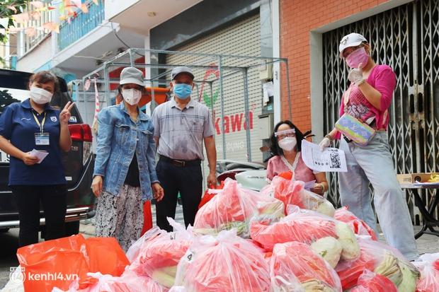 Combo đi chợ hộ siêu rẻ diễn ra ở quận Phú Nhuận: 150 ngàn có ngay 2 ký thịt tặng kèm rau củ, được ship tận cửa nhà - Ảnh 13.