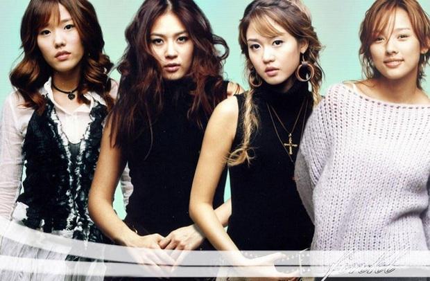 """Dàn idol Hàn xuất thân nghèo khổ giờ là """"cá kiếm"""" thứ thiệt: V, SUGA (BTS) đổi đời, đàn chị BLACKPINK từ gánh nợ giờ giàu nứt vách - Ảnh 16."""