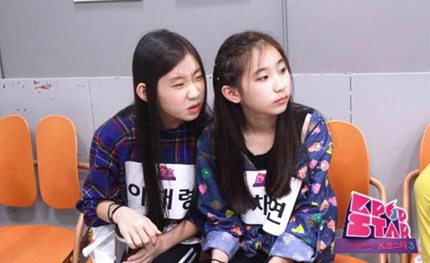 Sự nghiệp lênh đênh của Chaeyeon: Lỡ cơ hội debut với TWICE, IZ*ONE tan rã chóng vánh, đến lúc đi thi đấu thì liên tục rơi nước mắt - Ảnh 5.