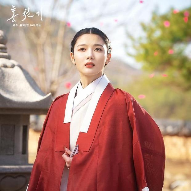 6 sao nhí Hàn một thời lột xác ngoạn mục: Kim Yoo Jung đẹp như tiên tử, Kim So Hyun bỏ túi toàn bom tấn - Ảnh 4.