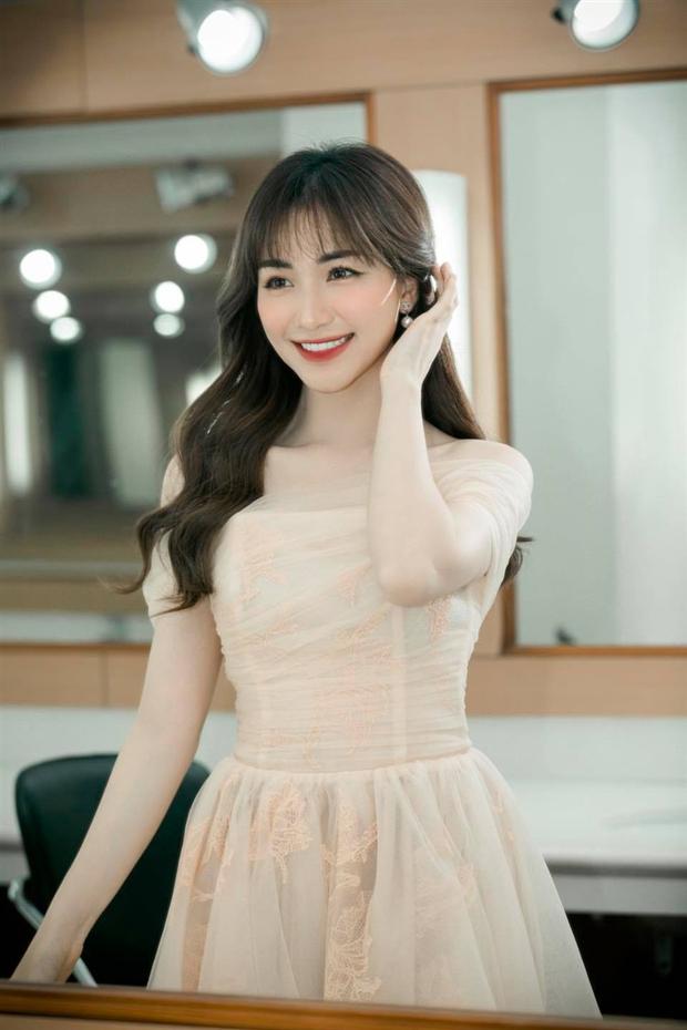 Bị nghi phẫu thuật thẩm mỹ, Hoà Minzy liền lên tiếng thừa nhận chỉ thay đổi 1 điểm trên gương mặt - Ảnh 7.