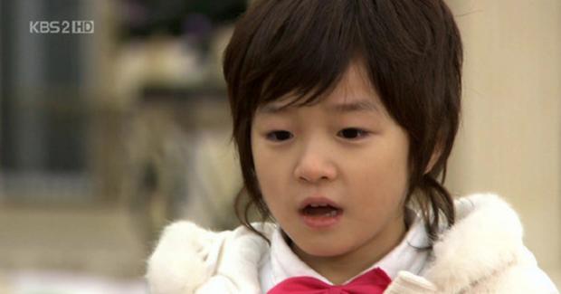 6 sao nhí Hàn một thời lột xác ngoạn mục: Kim Yoo Jung đẹp như tiên tử, Kim So Hyun bỏ túi toàn bom tấn - Ảnh 20.
