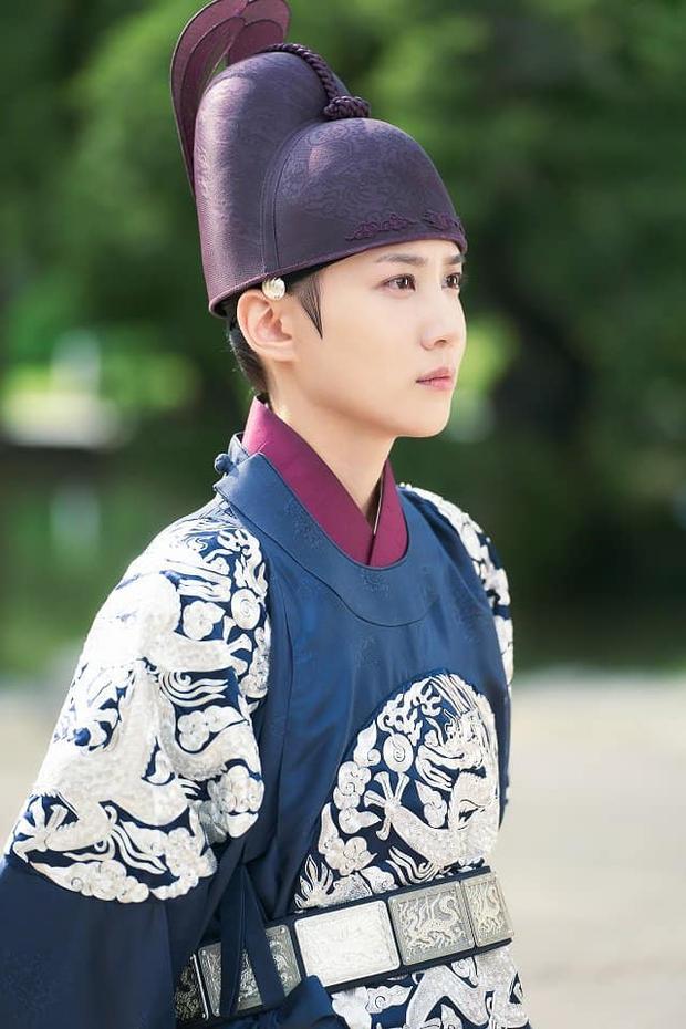 Lộ tạo hình giả nam đỉnh cao nhất phim Hàn, Cúc Tịnh Y bỗng bị netizen réo tên vào đây mà học tập - Ảnh 3.