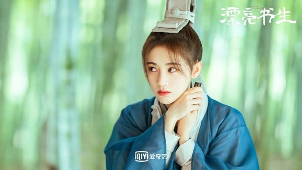 Lộ tạo hình giả nam đỉnh cao nhất phim Hàn, Cúc Tịnh Y bỗng bị netizen réo tên vào đây mà học tập - Ảnh 7.