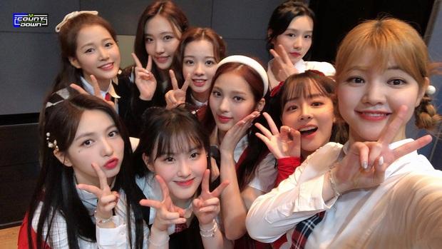 Sân khấu đặc biệt của đội chiến thắng show Mnet: Center gây chú ý nhưng outfit dìm hàng, so với chính chủ TWICE ra sao? - Ảnh 5.