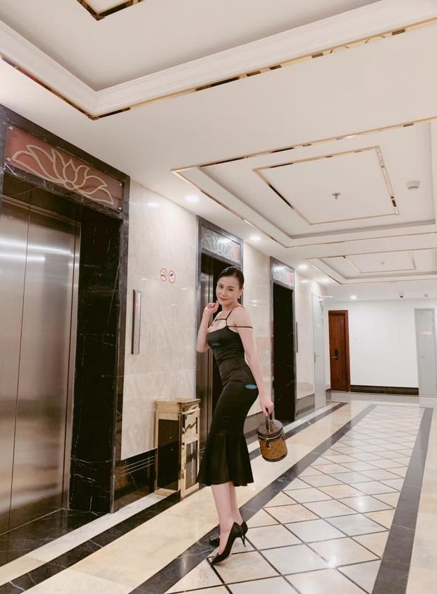 Đập tan tin đồn dùng hàng fake, Phương Oanh được chứng minh diện khăn Chanel xịn 100% trong Hương Vị Tình Thân - Ảnh 7.