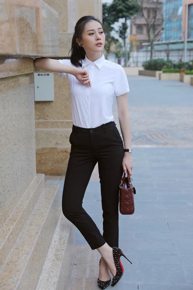 Đập tan tin đồn dùng hàng fake, Phương Oanh được chứng minh diện khăn Chanel xịn 100% trong Hương Vị Tình Thân - Ảnh 11.