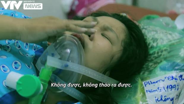 Ê-kíp VTV làm nên phóng sự đầy ám ảnh Ranh giới: 21 ngày bám trụ tại bệnh viện, chứng kiến khoảnh khắc sinh ly tử biệt đau xé lòng - Ảnh 1.
