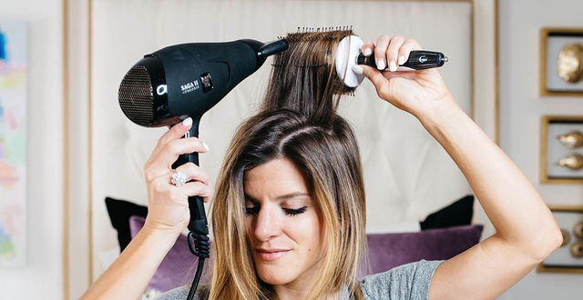 Sai lầm thường gặp khi dùng máy sấy tóc mà hội con gái rất hay mắc phải