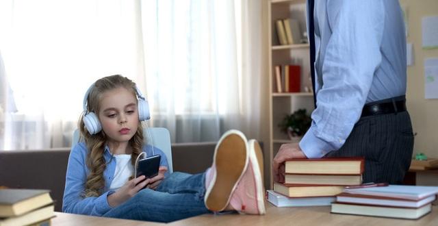 11 dấu hiệu cho thấy con bạn là một đứa trẻ hư hỏng, cha mẹ nào cũng nên  lưu tâm!