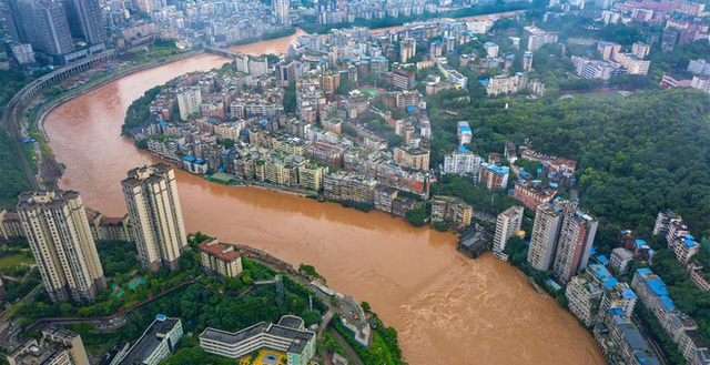 Lũ Lụt ở Trung Quốc Ngay Cang đang Sợ Hơn 12 Triệu Người Dan Phải đieu đứng Thiệt Hại Len đến Hơn 80 Nghin Tỷ đồng