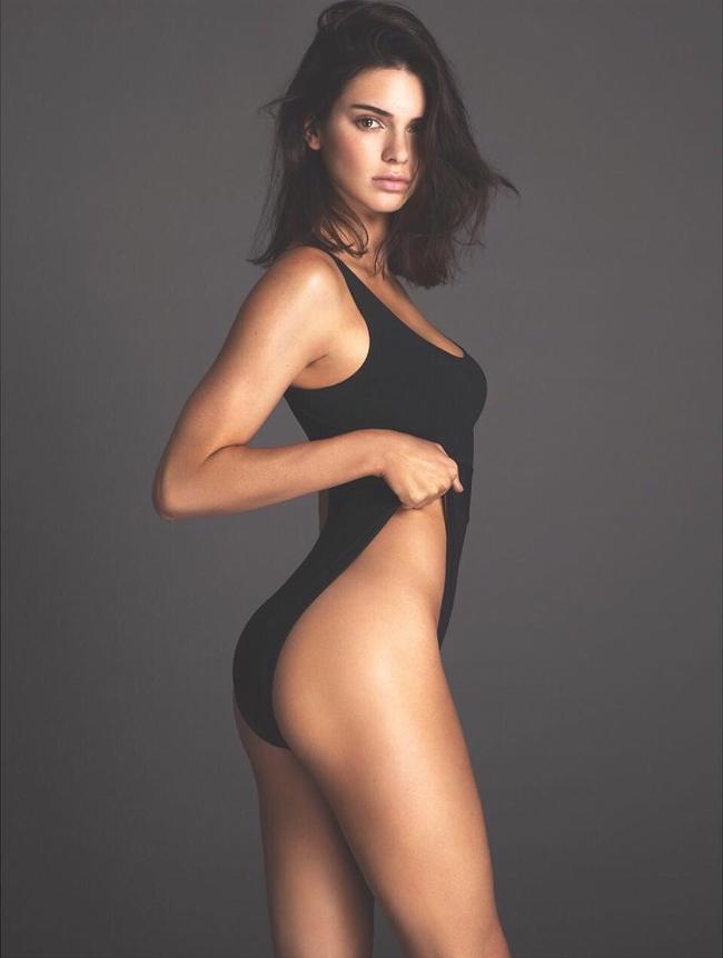 Bức ảnh này của Kendall Jenner đã không được Vogue cho lên sóng vì quá nóng - Ảnh 2.
