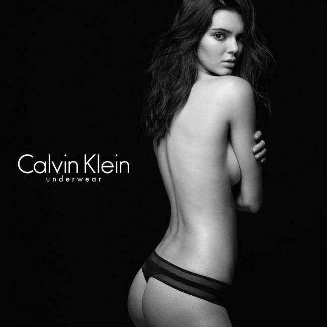 Bức ảnh này của Kendall Jenner đã không được Vogue cho lên sóng vì quá nóng - Ảnh 4.