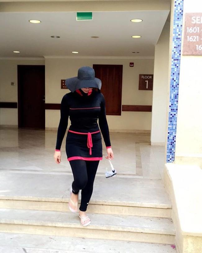 Đây là trang phục dạo phố? Không đâu, nó thực ra là áo tắm của phụ nữ Hồi giáo - Ảnh 7.