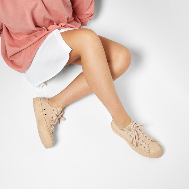 Giày Converse có thể xinh yêu, sang chảnh đến như thế này sao? - Ảnh 4.