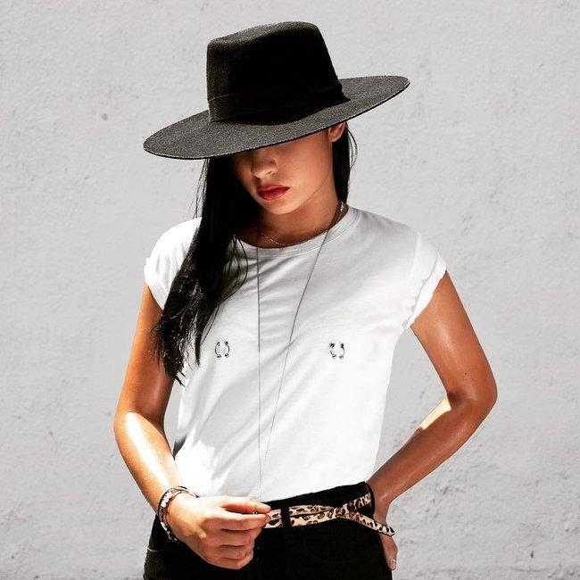 Sau khi Kendall Jenner xỏ khuyên ngực, dân tình đổ xổ diện áo xỏ khuyên siêu độc đáo - Ảnh 7.