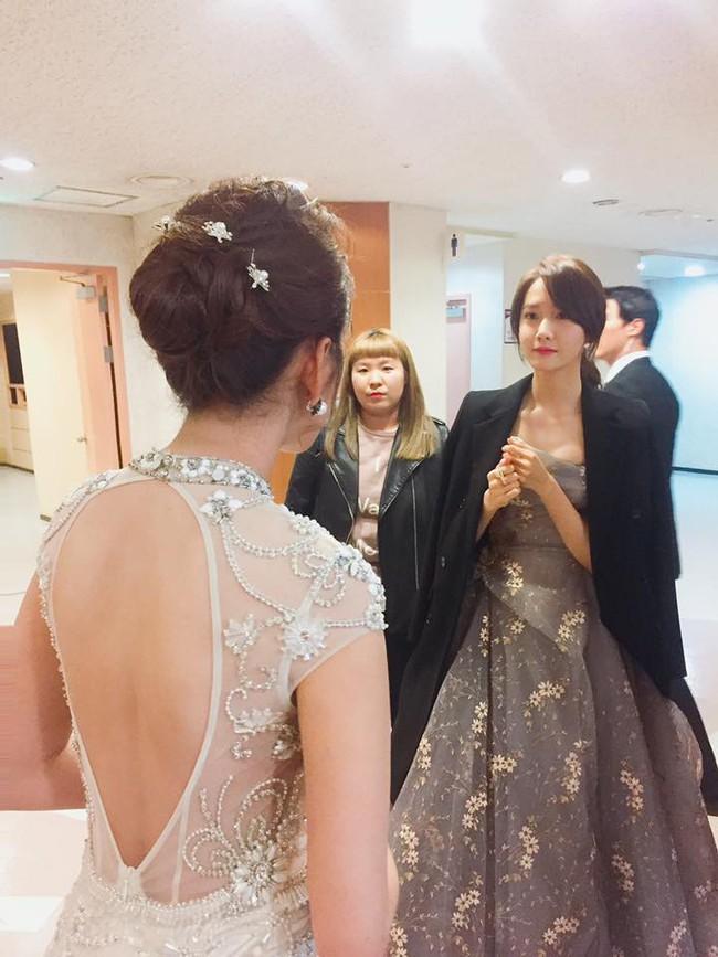 Chi Pu trên thảm đỏ Asia Artist Awards: Thật may mắn vì lần này Chi mặc đẹp! - Ảnh 4.