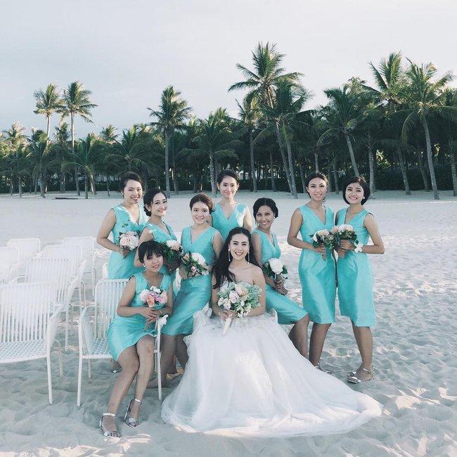 Ngắm trọn bộ 7 chiếc váy cưới, 4 bộ áo dài cùng loạt phụ kiện xa xỉ của cô gái thời tiết Mai Ngọc - Ảnh 30.