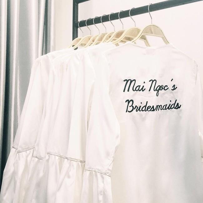 Ngắm trọn bộ 7 chiếc váy cưới, 4 bộ áo dài cùng loạt phụ kiện xa xỉ của cô gái thời tiết Mai Ngọc - Ảnh 31.