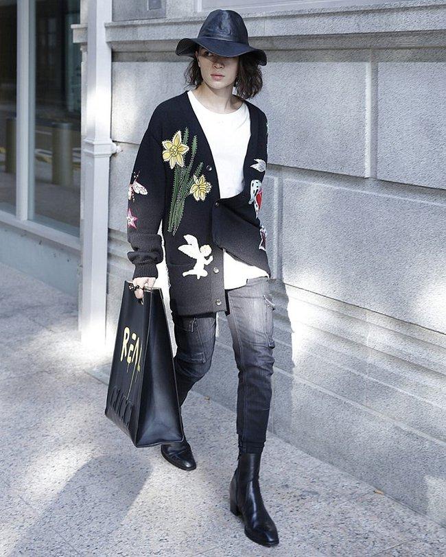 Kelbin Lei chi đến hơn 260 triệu đồng để dự Singapore Fashion Week , đụng túi hiệu với Hồ Ngọc Hà - Ảnh 4.
