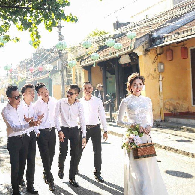 Ngắm trọn bộ 7 chiếc váy cưới, 4 bộ áo dài cùng loạt phụ kiện xa xỉ của cô gái thời tiết Mai Ngọc - Ảnh 24.