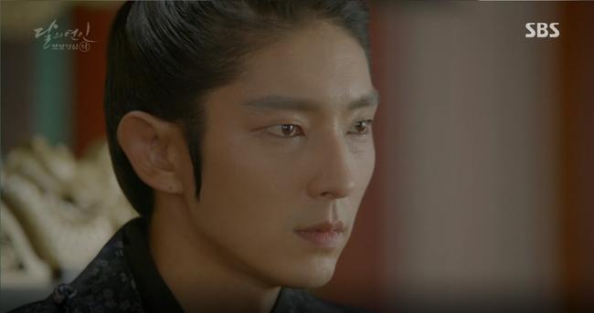 """""""Moon Lovers"""": Mặc cảm tội lỗi, Seohyun gieo mình tự vẫn - Ảnh 13."""