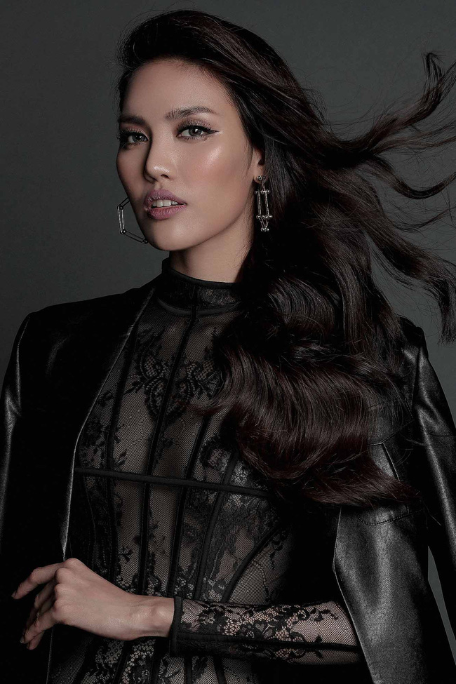 Hoa hậu Mỹ Linh hiền lành giữa dàn mỹ nhân sexy tới bến như Angela Phương Trinh, Mai Ngô, Chi Pu... - Ảnh 5.