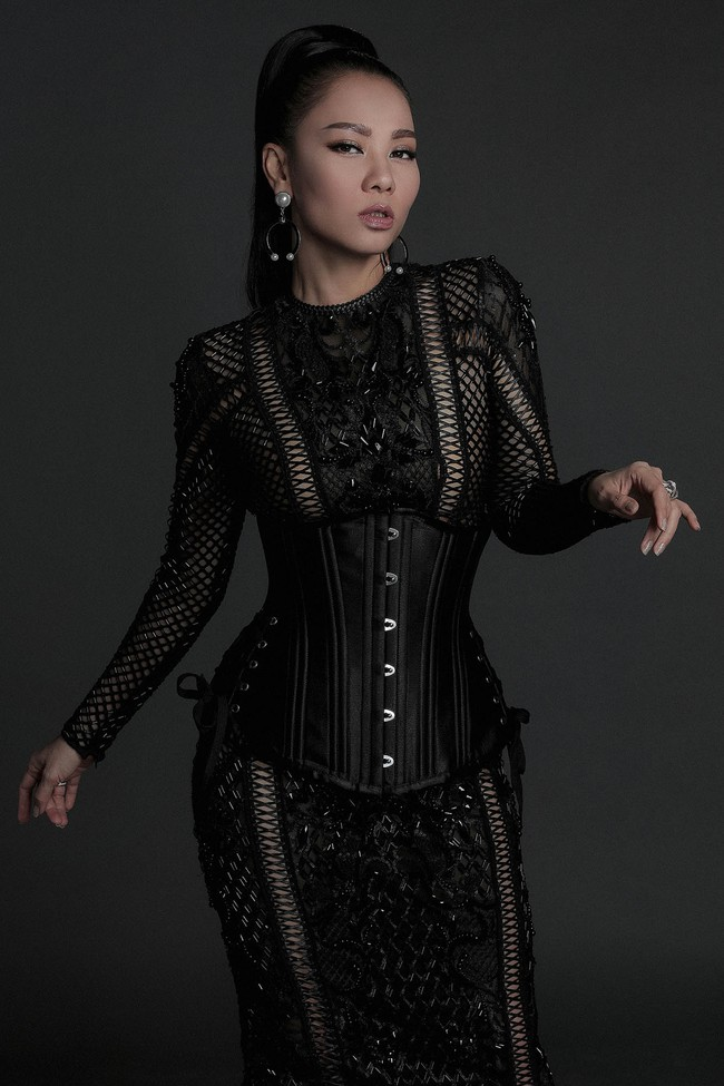 Hoa hậu Mỹ Linh hiền lành giữa dàn mỹ nhân sexy tới bến như Angela Phương Trinh, Mai Ngô, Chi Pu... - Ảnh 10.