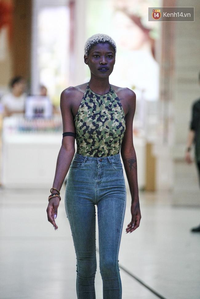Vietnam International Fashion Week rục rịch tuyển mẫu, chuẩn bị tổ chức tại Hà Nội - Ảnh 18.