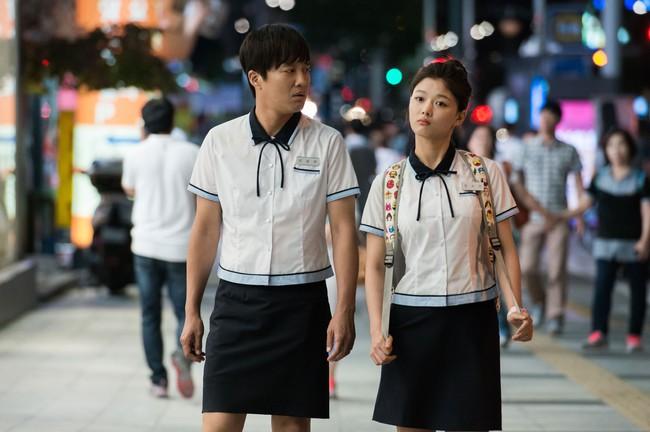 11 phim điện ảnh Hàn hấp dẫn ra rạp trong tháng này - Ảnh 35.