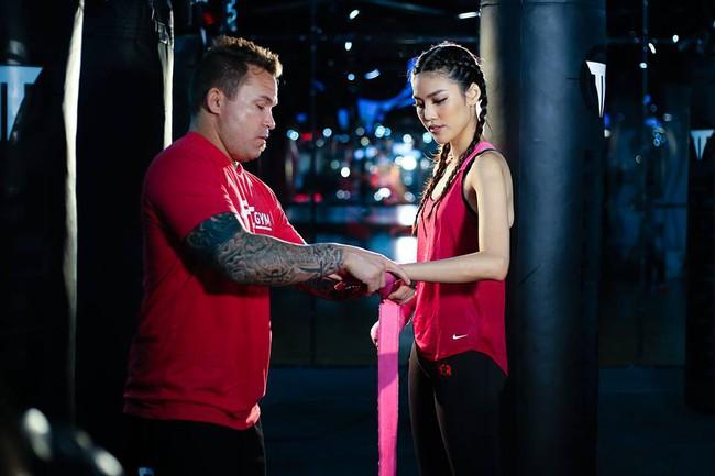 Huyền thoại MMA ngạc nhiên về khả năng võ thuật của Lan Khuê - Ảnh 4.