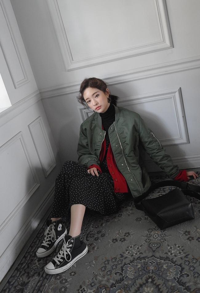 Trời lạnh lắm rồi, bạn đã biết cách mặc đúng trend với 6 món đang có sẵn trong tủ chưa? - Ảnh 12.