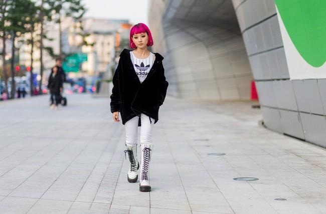 5 xu hướng làm đẹp con gái Hàn lăng xê liên tục tại Tuần lễ thời trang Seoul - Ảnh 9.