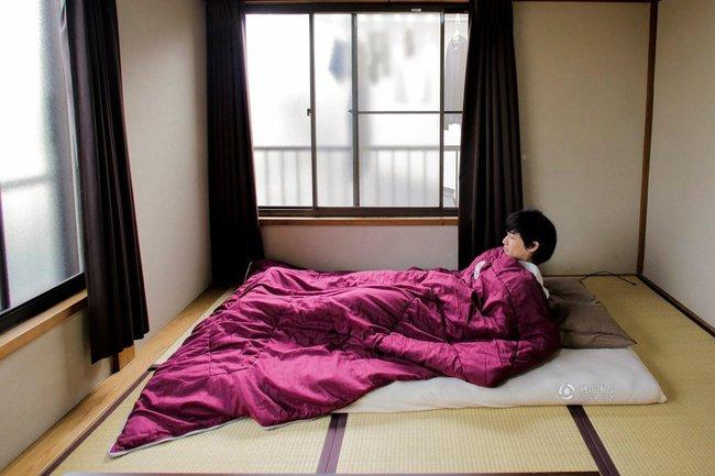 Lối sống tối giản của giới trẻ Nhật: Gia sản chỉ có 3 cái áo, 4 cái quần và 4 đôi tất - Ảnh 4.