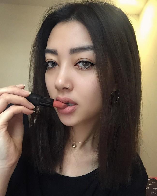 Vì sao con gái Việt lại phát cuồng với xu hướng môi dày đến như vậy? - Ảnh 13.