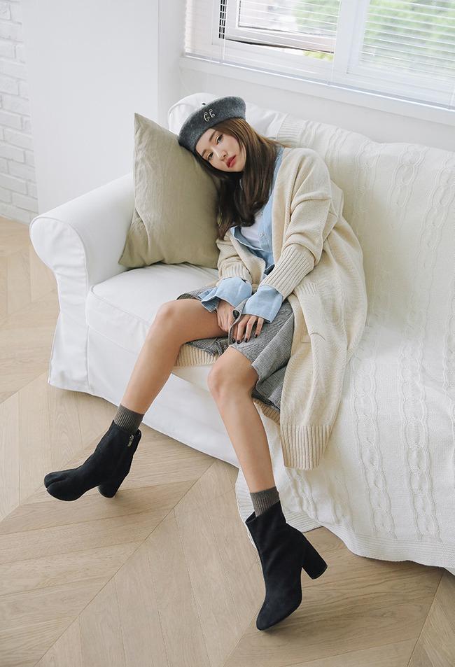 Trời lạnh lắm rồi, bạn đã biết cách mặc đúng trend với 6 món đang có sẵn trong tủ chưa? - Ảnh 16.