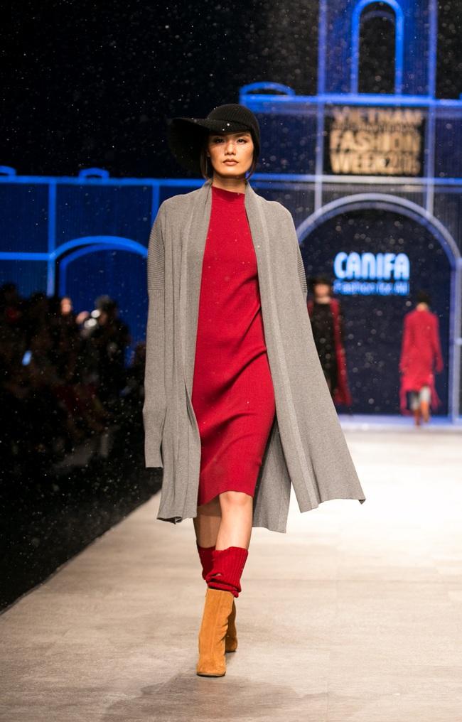 Hot girl Hà Lade tái xuất sàn catwalk, Hoàng Thùy làm vedette trong đêm diễn thứ 2 của Vietnam International Fashion Week - Ảnh 89.