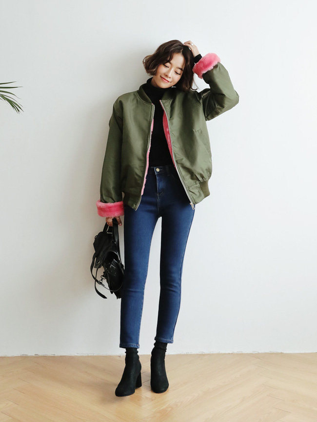 5 công thức giúp bạn nằm lòng cách mix bomber jacket dày cho ngày lạnh - Ảnh 19.