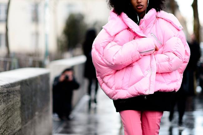 G-Dragon & Rihanna cùng có mùa đông không lạnh với mốt áo phao khổng lồ - Ảnh 11.