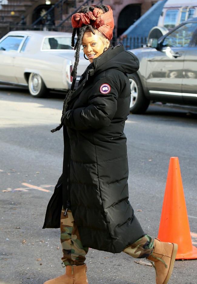 G-Dragon & Rihanna cùng có mùa đông không lạnh với mốt áo phao khổng lồ - Ảnh 3.