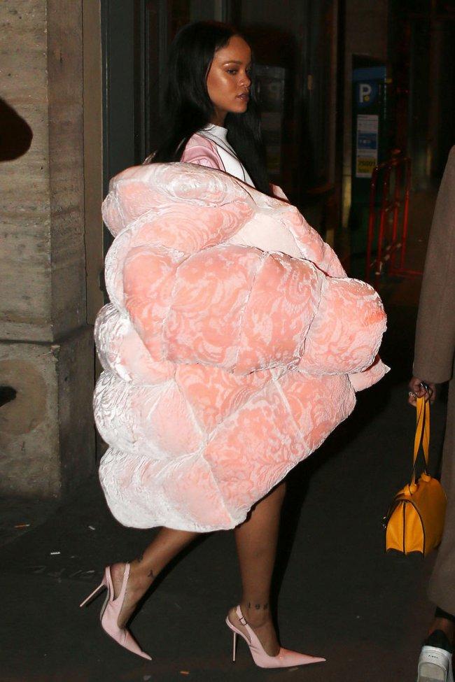 G-Dragon & Rihanna cùng có mùa đông không lạnh với mốt áo phao khổng lồ - Ảnh 7.