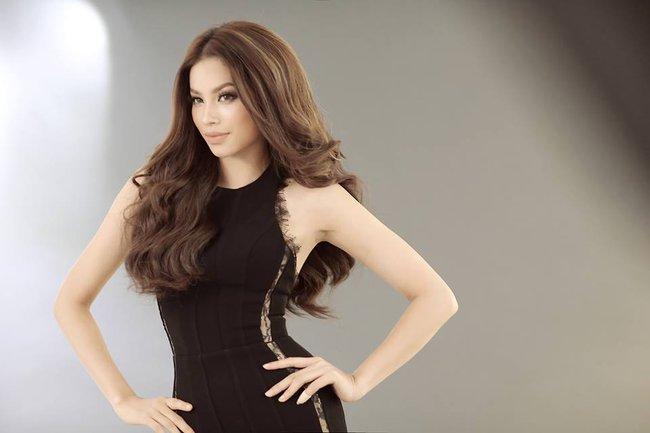 Hoa hậu Mỹ Linh chen chúc cùng Phạm Hương, Lan Khuê trên poster show diễn Chung Thanh Phong - Ảnh 6.