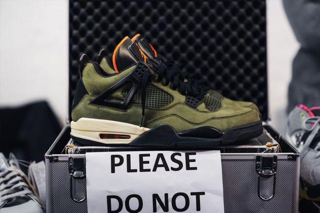 15 đôi sneaker chỉ thấy giá cũng đủ để khiến bạn kinh hồn bạt vía - Ảnh 1.