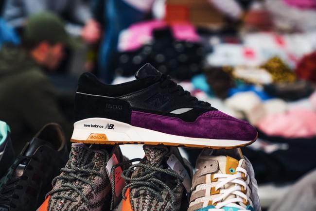 15 đôi sneaker chỉ thấy giá cũng đủ để khiến bạn kinh hồn bạt vía - Ảnh 15.