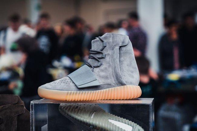 15 đôi sneaker chỉ thấy giá cũng đủ để khiến bạn kinh hồn bạt vía - Ảnh 14.