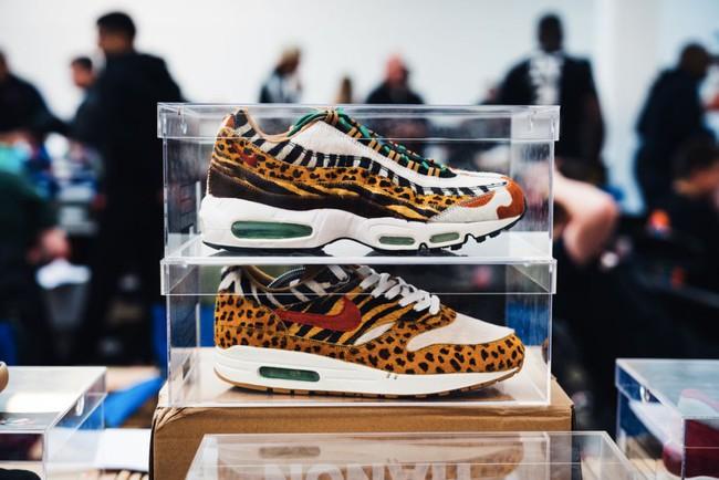 15 đôi sneaker chỉ thấy giá cũng đủ để khiến bạn kinh hồn bạt vía - Ảnh 12.