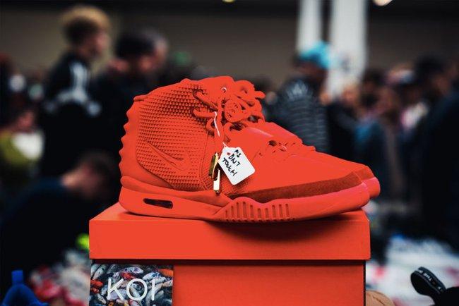 15 đôi sneaker chỉ thấy giá cũng đủ để khiến bạn kinh hồn bạt vía - Ảnh 3.
