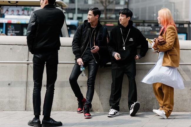 Tips mặc đơn giản mà vẫn nổi bật của fashionista Hàn là đây! - Ảnh 10.