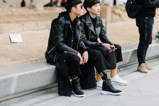 Tips mặc đơn giản mà vẫn nổi bật của fashionista Hàn là đây! - Ảnh 12.